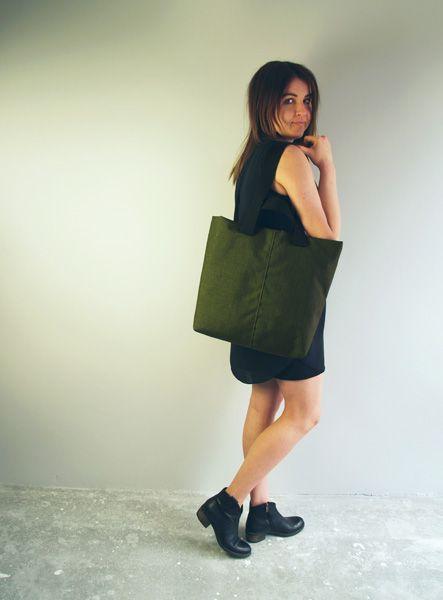 Wymiary: 42 cm szerokość na środku torby, 40 cm wysokość. #shopperbag #shopperka #shopper #bag