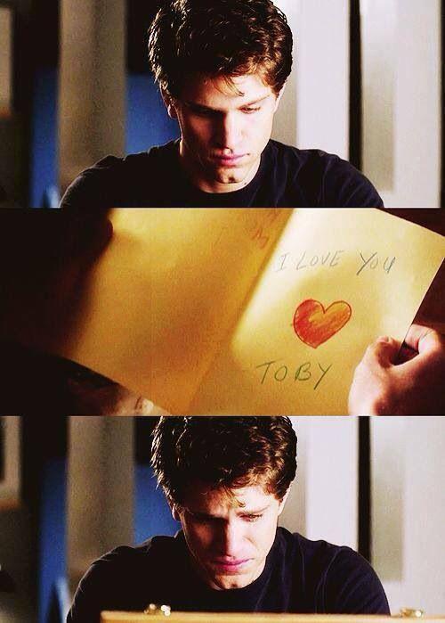 Keegan Allen (Toby Cavanaugh) - Pretty Little Liars...cried so hard in that scene