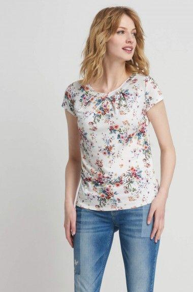 Koszulka w kwiaty