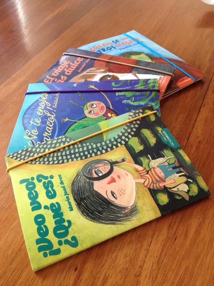 Colección desplegables de Ochodrilos! 2012!    Relatos visuales para niñ@s, cada uno con cuanta una bella historia y geniales ilustraciones que encantarán a tod@s.    #ocholibros #ochodrilos #book #kid #libros #infantil #chile #desplegable #movablebook