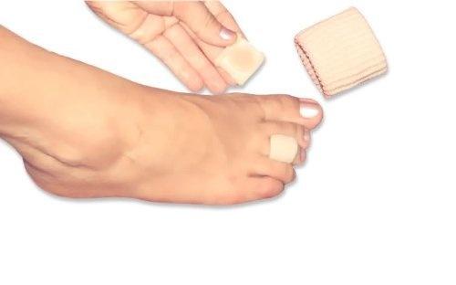 Stretch Toe Ring with Gel Cushion by QS-Health, http://www.amazon.com/dp/B005PF18TC/ref=cm_sw_r_pi_dp_Oo1mqb0VASSS0
