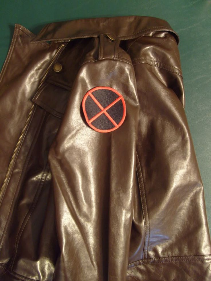 Amber's Fashion Tips for Superheroes: X-Men's Rogue v. 2.0