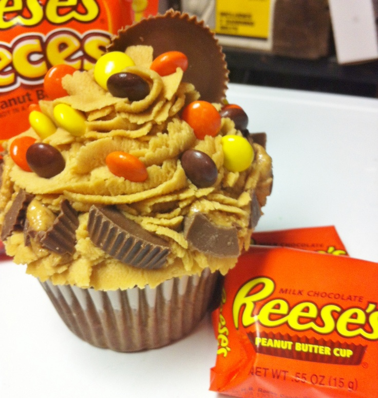 Giant Reese's Cupcake- TeTe's Treats  Made this yummy guy for a friends boyfriends birthday or just for me!