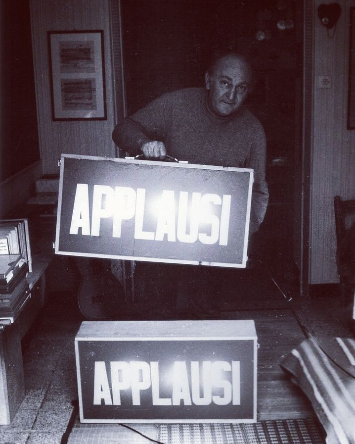 """Gianni Pettena shows his provocative piece """"Applausi""""(1968). This piece was first placed by a composer during a performance of Vittorio Gelmetti in front of the spectators to downgrade them to television viewers. #erastudio #erastudioapartmentgallery #apartmentgallery #designgallery #gallery #giannipettena #collectibledesign #radical #radicaldesign #radicalmovement #design #historicaldesign #italiandesign #designicon #artdesign #artadvisory #artdealers #interiors #stylist #interiorstyling…"""
