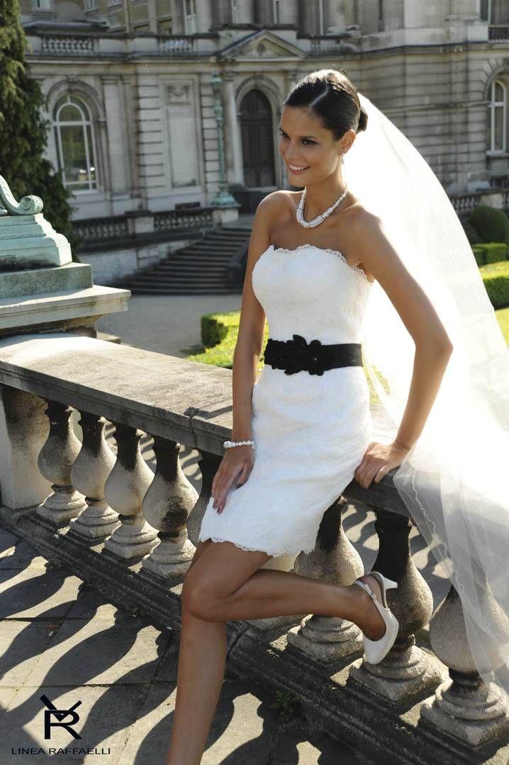 LR Wedding dress - love the long veil with the short dress
