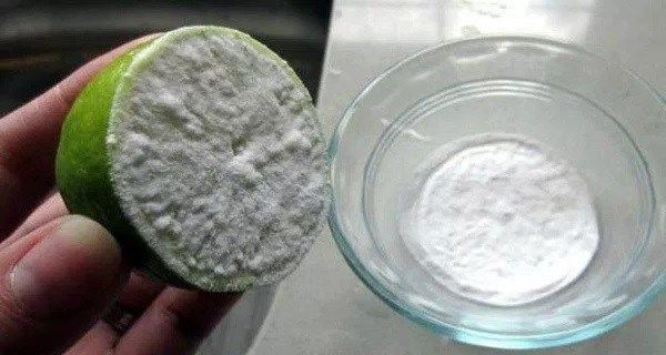 Half A Lemon Dipped In Sodium Bicarbonate. It's Unbelievable What It Can Do for Your Body In Just 5 Minutes!