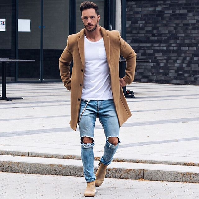 Fall is coming - Coat time Do you like this outfit?! Let me know #casual