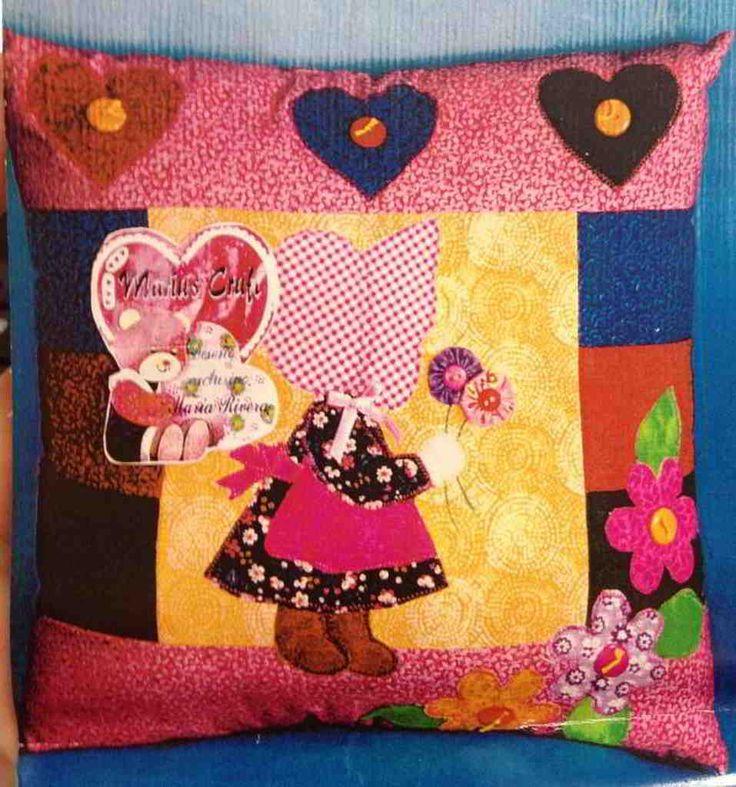 Cojin patchwork niña Sarah Kay