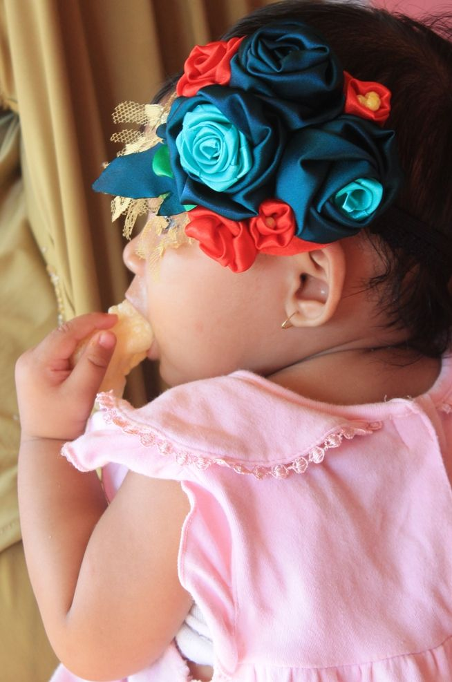 Flowers headband for your baby :)