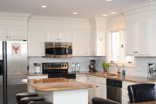 17 Best How To Close Gap Above Kitchen Cabinets Images On