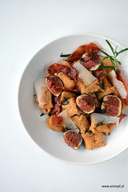 eintopf: gnocchi z batatów z pieczonymi figami i chrupiącym...