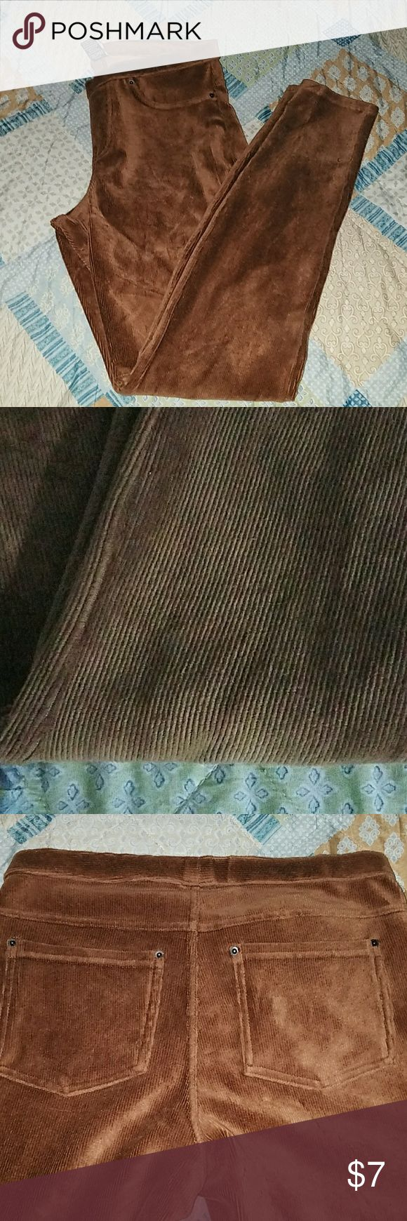Corduroy leggings memoi Corduroy leggings memoi  Brown Size small/medium Two back pockets Great condition Pants Leggings