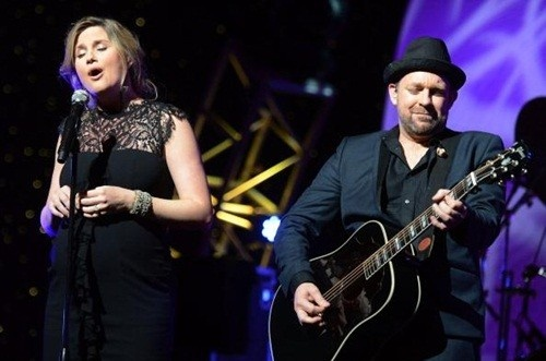 Sugarland's Jennifer and Kristian performing at the GA Music Hall of Fame on Sunday, October 14th, 2012.