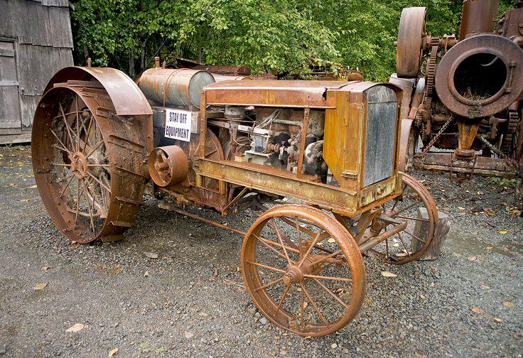 Hieder friction tractor .. =====>Information=====> https://www.pinterest.com/engelmann0296/hammer-maschienen/