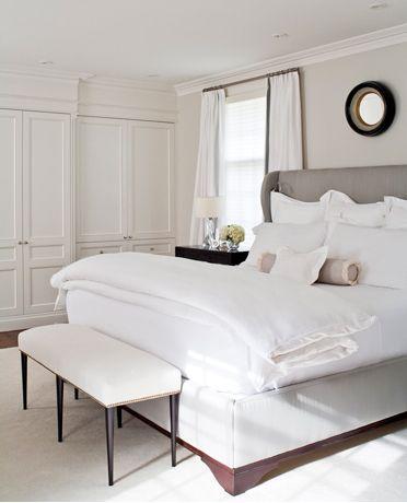 //Grey Bedrooms, Closets Doors, Bedrooms Design, White Beds, White Bedrooms, Master Bedrooms, Bedrooms Ideas, Chic Bedrooms, Upholstered Beds