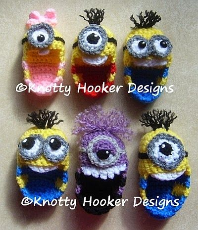 Knotty Hooker Designs: Minion Baby Booties