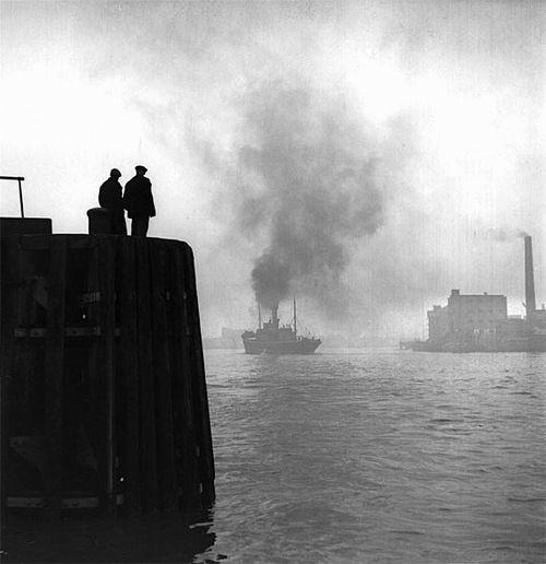 Bert Hardy - The Pool of London, 1949