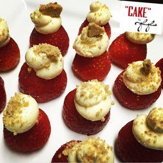 """Cake"" By Gia Geneá @cakebygiagenea Instagram profile - Pikore"