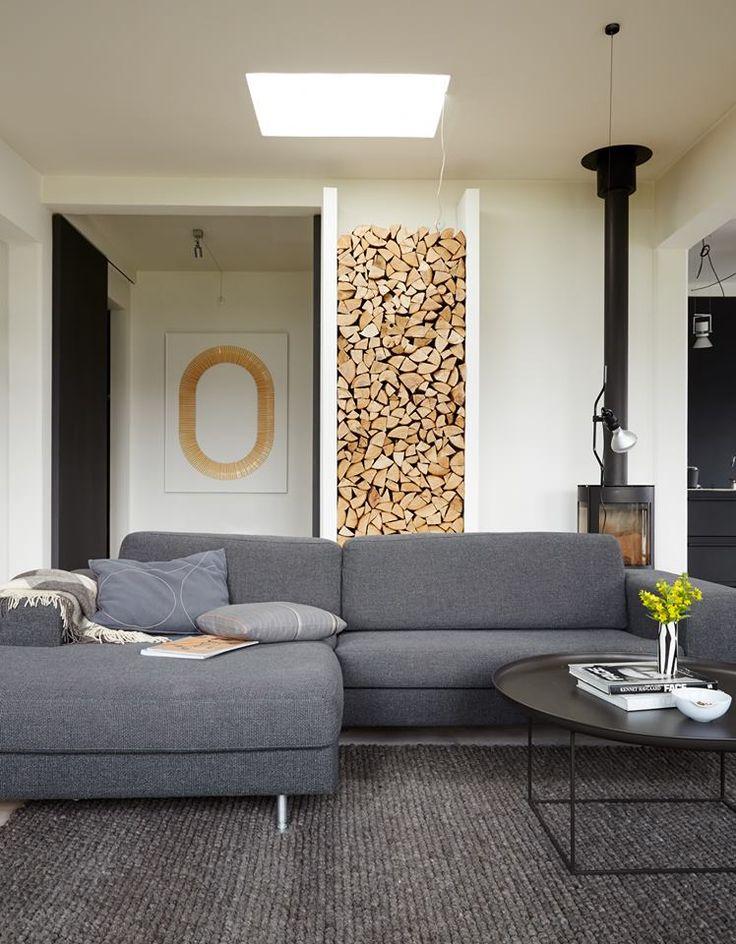 Wood alcove in wall / Livingetc