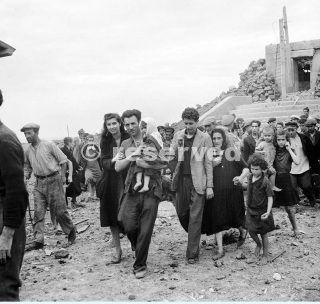 Pantelleria and Lampedusa May - June 1943 Islanders on Pantelleria after its surrender_sicilia word war