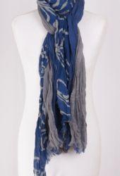 Crushed blauw met grijze sjaal van 3 verschillende lagen