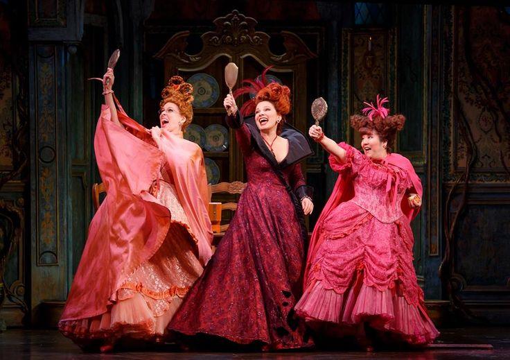 Fran Drescher as Madame, Cinderella on Broadway #stage #broadway #cinderella #frandrescher