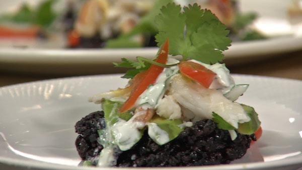 black rice white rice crab food asian kitchen swimming rice cakes rice ...