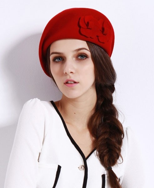 Flower Woolen Beret in Red #millinery #judithm #hats