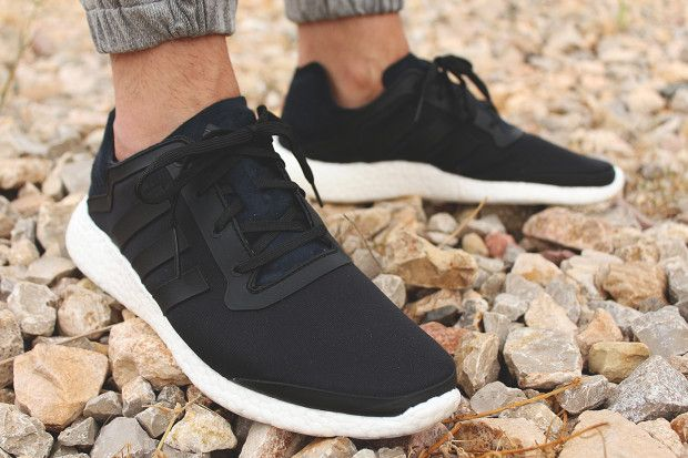 comfortable and stylish shoes for walking around cities and deserts alike.
