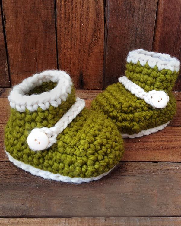 """Original Design By: Maggie Weldon Skill Level: Easy Sizes: Finished Sole size: Children – 6"""" Youth – 7"""" Teens/Women's Small – 8"""" Women's Large – 9½"""" Men – 11"""" Pattern instructions written for Children"""