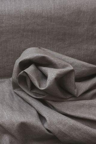 Интерьерный лён, цвет мокко, с металлическим напылением  Лён идеально подходит для ночных штор, не пропускает свет. Идеально подходит - для легких пальто, плащей, курток жакетов. Напыление выдерживает 10-20 стирок. Стирка легкая. Гладить только с обратной стороны. Артикул: 620 руб