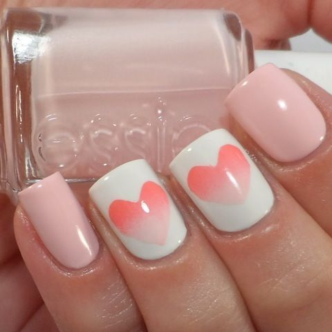 7 Best Sponge Nail Art Designs: Hearts on the Sponge Nail Art Designs: