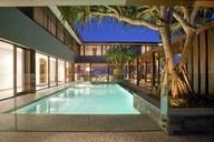 contemporist - modern architecture - bayden goddard design - albatross avenue house - gold coast - australia - exterior view - swimming pool