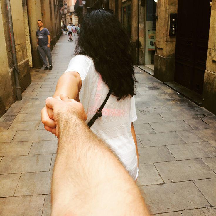 Couple goals ❤ #couplegoals #barcelona #vacay #vacation #hands #romantic