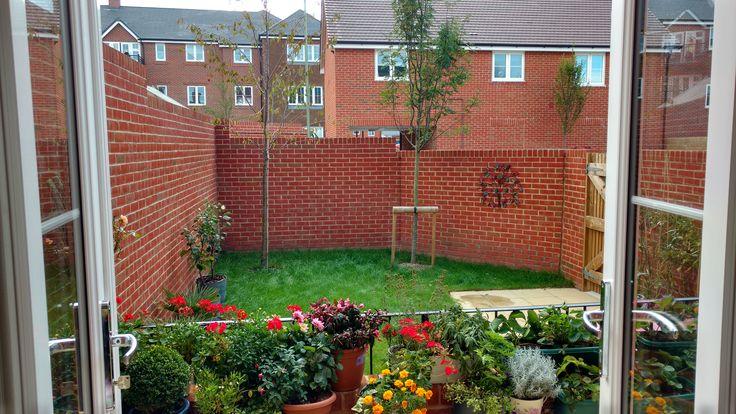 garden ideas | Small garden design, Small square garden ...