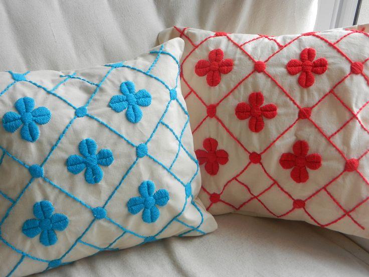 Almohadones bordados a mano!!!, $180 en http://ofeliafeliz.com.ar