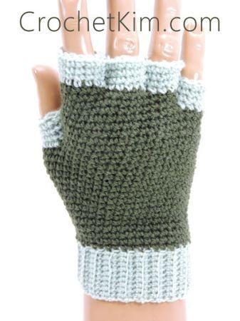 CrochetKim Free Crochet Pattern   Jersey Mitts Fingerless Mitts Gloves for men @crochetkim