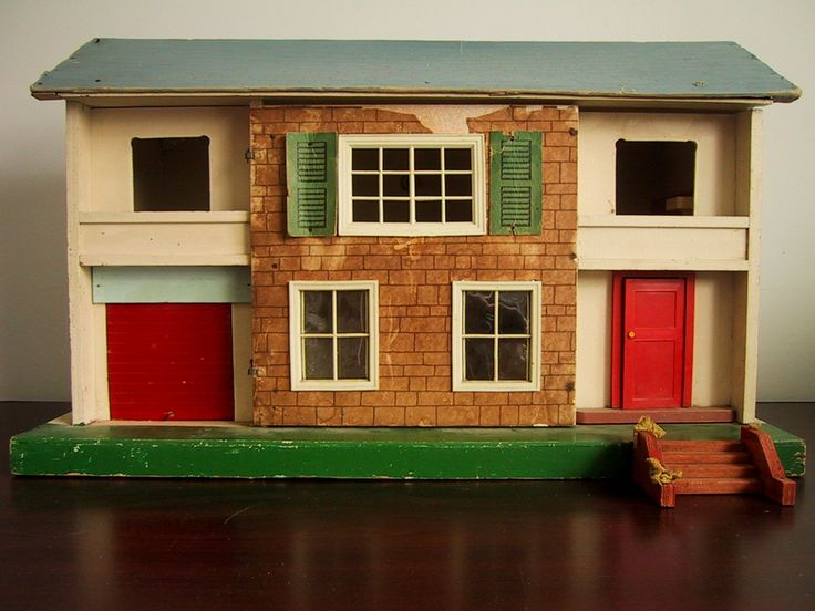 Dating triang dolls house
