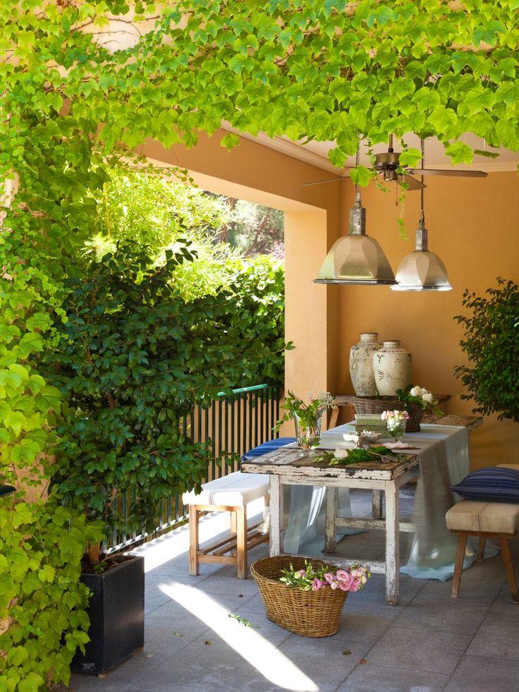 Casa y jardín, en verdes y azules · ElMueble.com · Casas