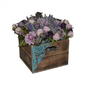 Our small square crate makes a great table centre piece at weddings or any other formal events. Fill with flowers and add a graphic or custom text for that special occasion. Dimensions are L 270mm x W 270mm H 195mm.  All Products Are Made To Order.