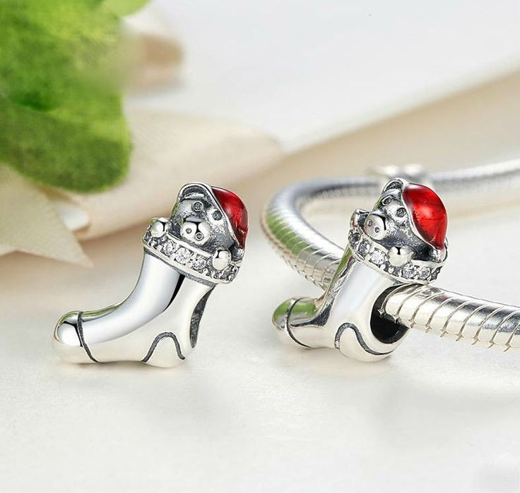 Charms   Silver Christmas Puppy sock Charm