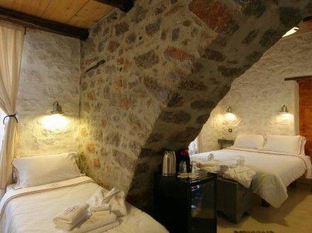 Skerpani Triple Room at Mastoris Mansion Guest House in Hydra Island Greece, Hydra accommodation, Accommodation Hydra