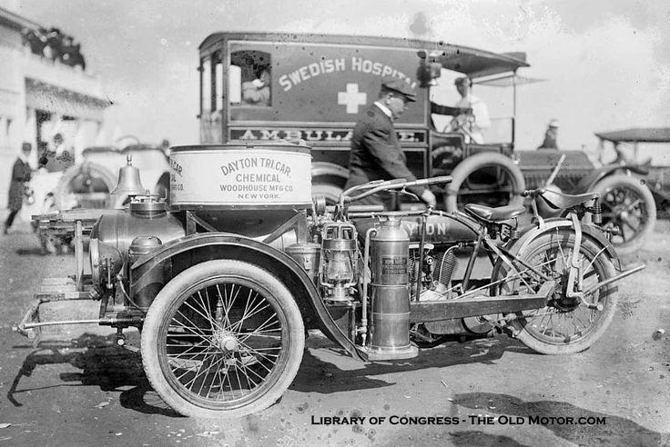 シープスヘッドベイボードトラックを保護するDayton Tri-Car化学消防装置  オールドモーター