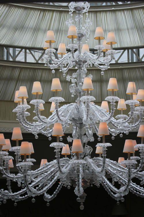 Shangri_La-Hotel-Paris-La_Bauhinia-lustre-deco-Murano