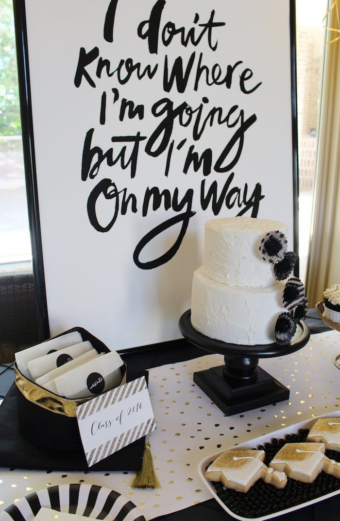 25  unique graduation party decor ideas on pinterest