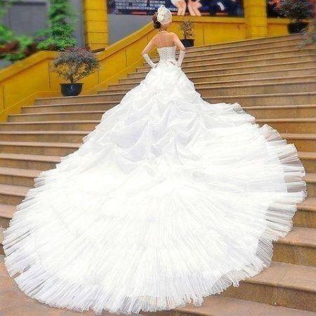 Női, férfi, gyermek alkalmi ruhák, esküvői ruhák, kiegészítők [Pepita Hirdető]