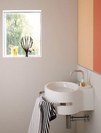 Tiny Powder Rooms, Splashback Ideas, Cloakroom Ideas, Bath Art, Downstairs  Toilet, Towel Rail, Small Homes, Small Bathrooms, Bathroom Inspiration