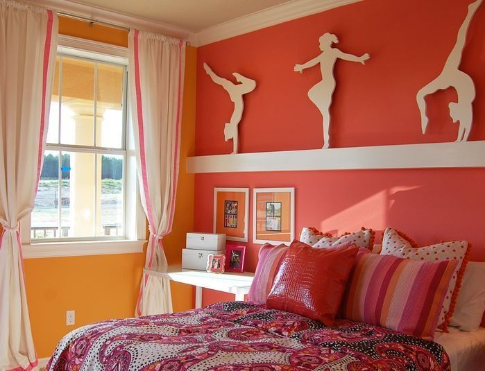 Lovely color, and metal cutouts for a Gymnasticts lover's room :)