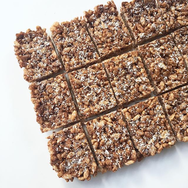 Healthy, Allergy friendly Choc Crackle Slice #SUMrecipeoftheday