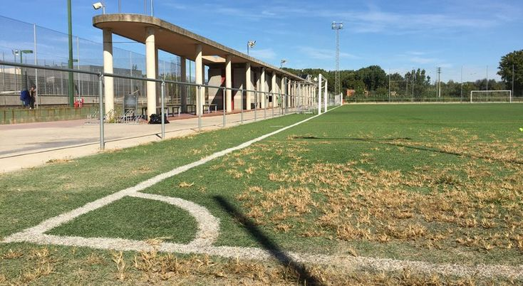 El Punt Avui - Notícia: El Girona FC pagarà 4.500 euros anuals a Salt per fer servir el camp del pla